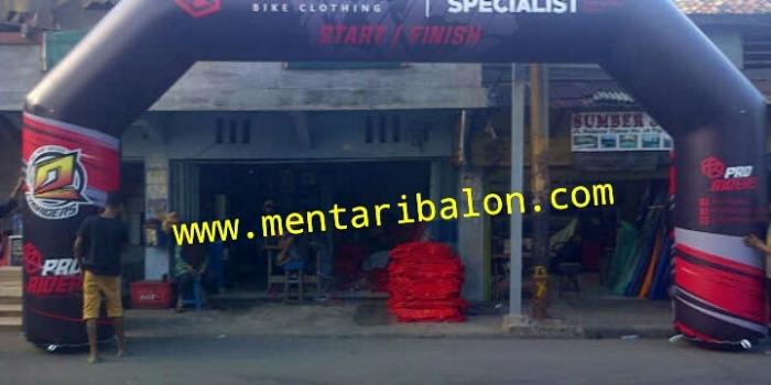 Balon gate/ balon gapura |jual dan sewa|semarang , jakarta ,solo,surabaya|www.mentaribalon.com