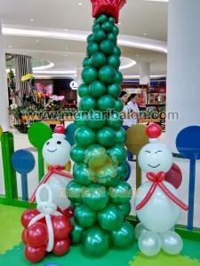 balon boneka salju