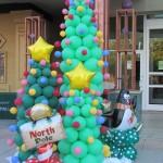 balon dekorasi pohon natal