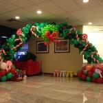 dekorasi balon gate natal