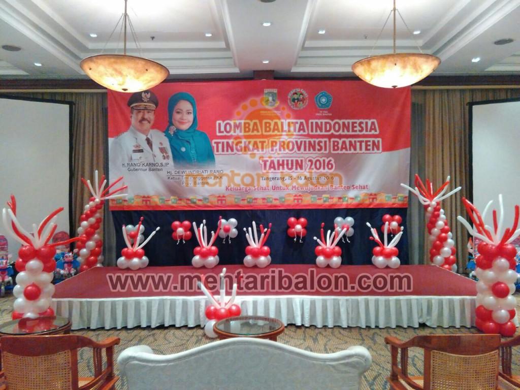 dekorasi panggung merah putih