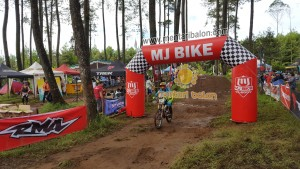 balon gate event downhill