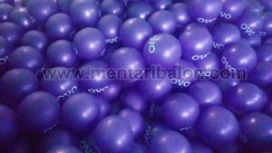 balon print ungu metalik