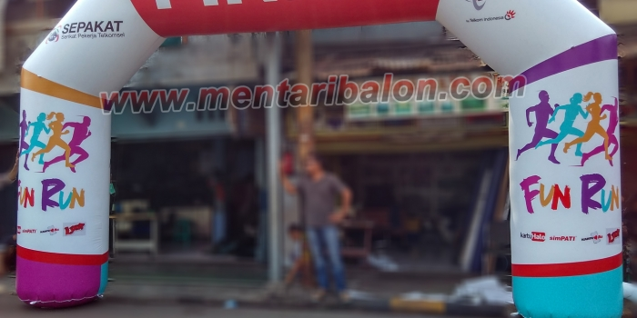Balon Gate Fun Run Telkomsel Di Bandung | 082211115612