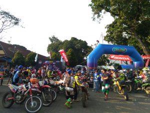 Balon Gate Trabas Bandung