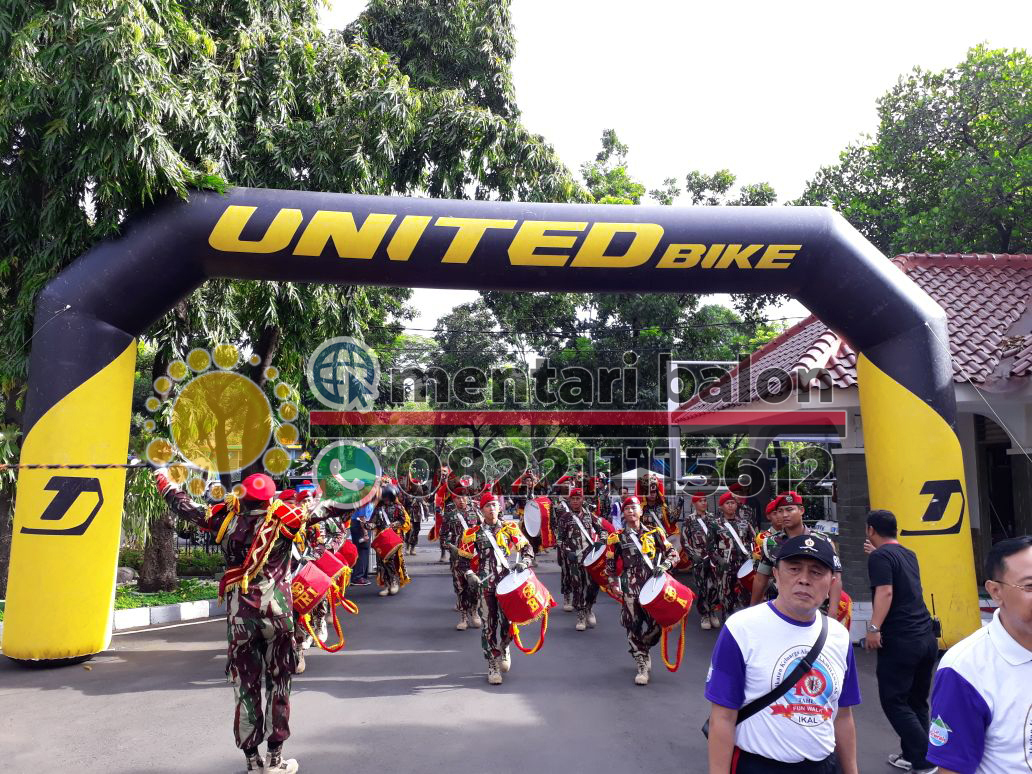 balon gate united bike